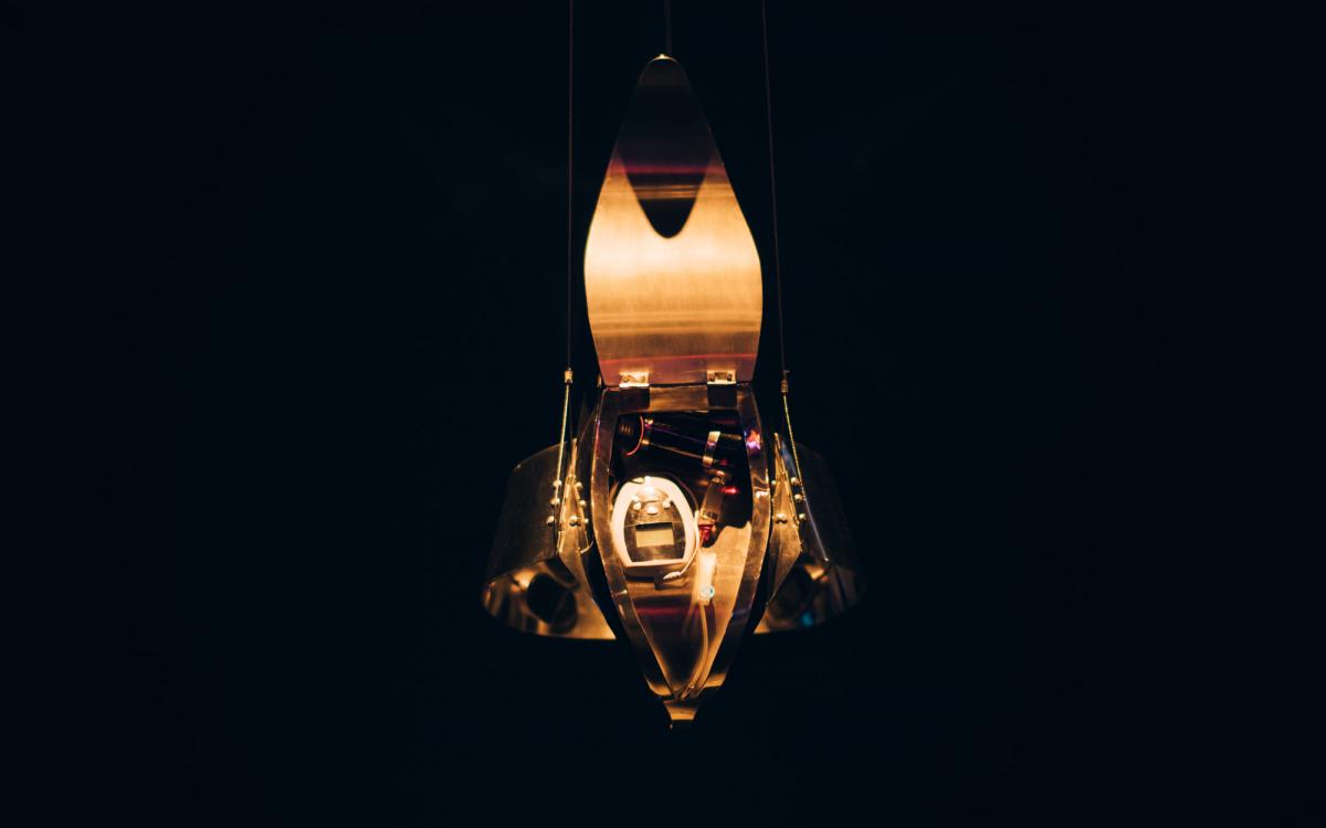 Hiromi Ozaki (Sputniko!): Menstruation Machine, 2010